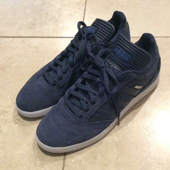 adidas skate shoes size 10